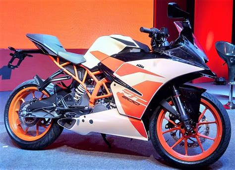 Ktm Rc 200 Launch In India 2017 Ktm Rc 200 Officially Launched In India Rs 1 71