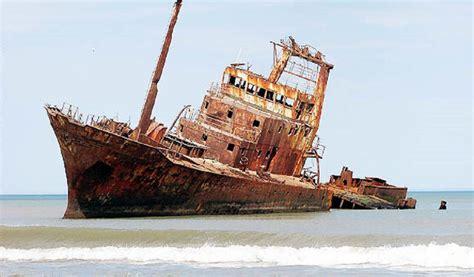 soñar con un barco hundido persuarsa ii se quebr 243 el barco hundido en quequ 233 n