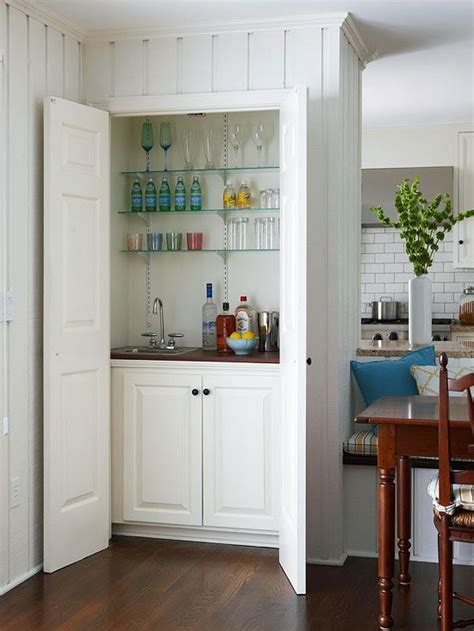 Built In Bars For Small Spaces 25 Best Ideas About Closet Bar On Wood Walls