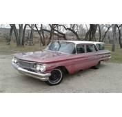 1960 Pontiac Laurentian Safari Station Wagon No Reserve