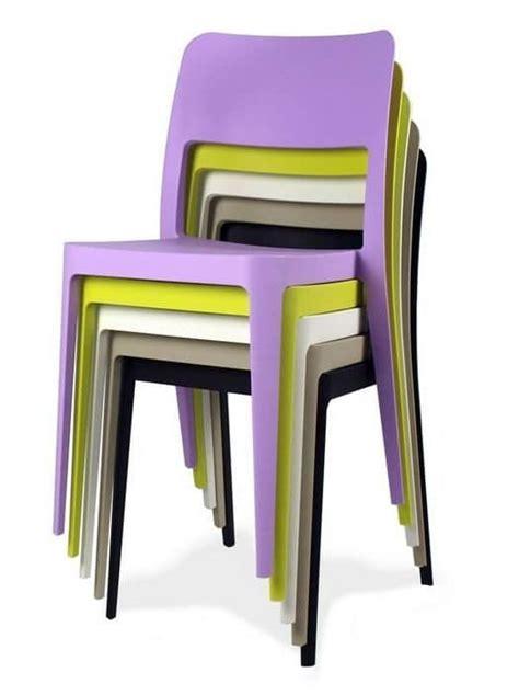sedie economiche in plastica sedie in plastica impilabili da interno o esterno idfdesign