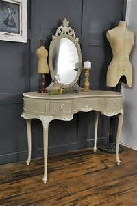 french shabby chic dressing table in annie sloan country