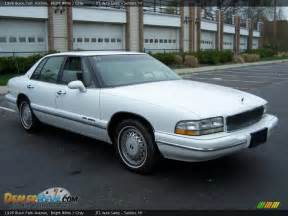 1996 Buick Park Ave Front 3 4 View Of 1996 Buick Park Avenue Photo 7