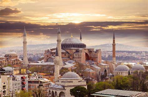0001200968 winter morning in istanbul op istanbul walking tour travel booking turkey