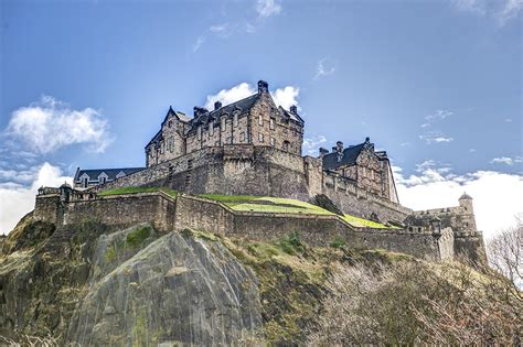 edinburgh castle wedding venue chris radley photography