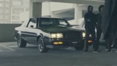 eminem cars can you id all of the cars in eminem s trump blasting video