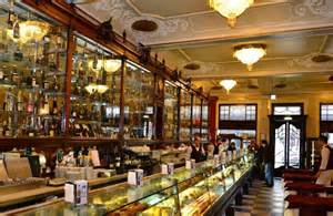 the top 10 most beautiful cafes in lisbon os 10 mais