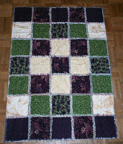 Easy Rag Quilt by 1000 Ideas About Rag Quilt On