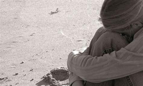 break up comfort 10 tips to help a friend through a break up