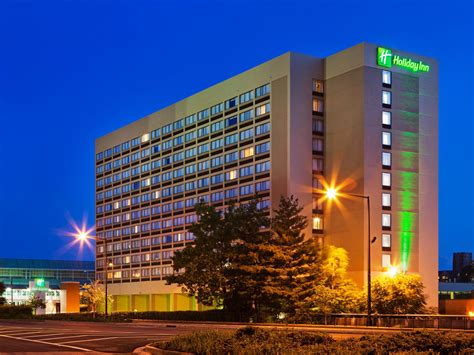 inn downtown inn knoxville downtown hotel by ihg