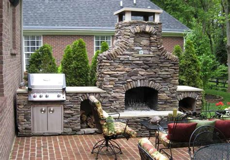 Medieval Design Idea For Carelessly Stacked Stone Patio Outdoor Fireplace Patio Designs