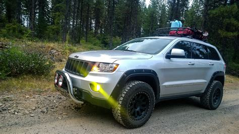 jeep grand cherokee wk2 lifted 2013 jeep grand cherokee wk2 2 5 rocky road lift 275
