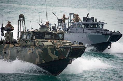 riverine boats military photos riverine command boats