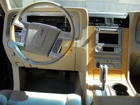 2007 Lincoln Navigator Interior by 2007 Lincoln Navigator Pictures Cargurus