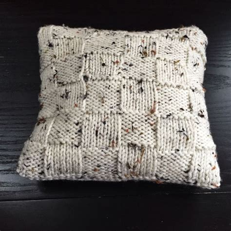 Top 25 Best Knitted Cushions Ideas On Knitted