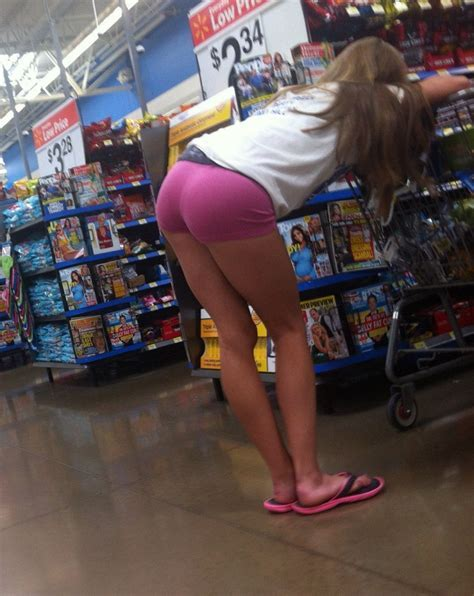 Walk Into Walmart And See Dis What Do Bodybuilding Com Forums