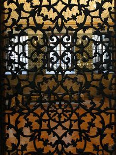 jalousie fenetre orientale moucharabieh decorative window screens on