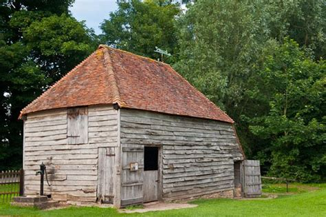 weald  downland open air museum  west sussex travel guide page