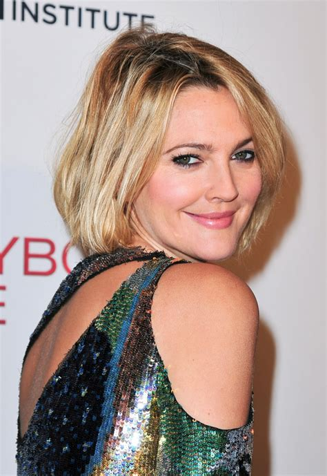 2015 hairstyle fir mom drew barrymore celebrity medium drew barrymore blonde bob hairstyle