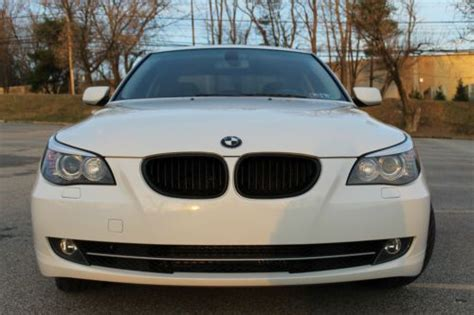 sell  bmw xi white  black  speed manual