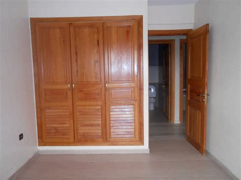 placard de chambre en bois cuisine placard de chambre chaios placard pour chambre