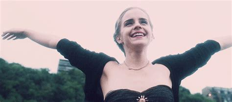 the perks of being a wallflower gif   WiffleGif