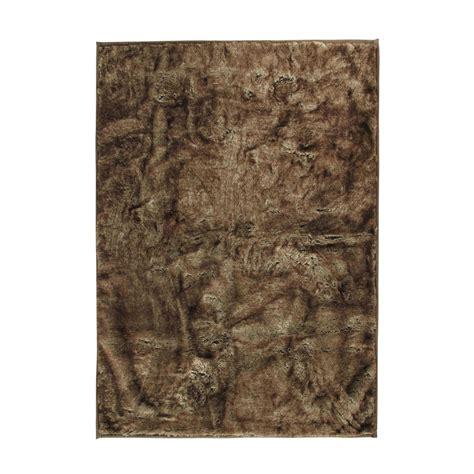 tappeti di pelliccia tappeto in simil pelliccia 140 x 200 cm sofield maisons