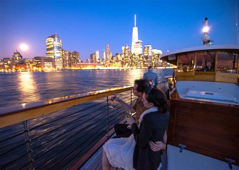 gay boat cruise nyc romantic city lights cruise in nyc classic harbor line