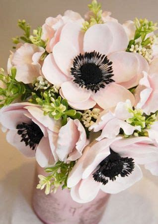 blush colored flowers blush colored anemones wedding flower bouquet cloud 9