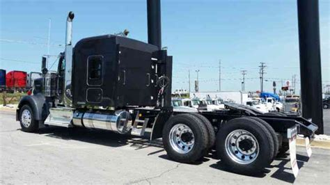 kenworth icon   sleeper semi trucks