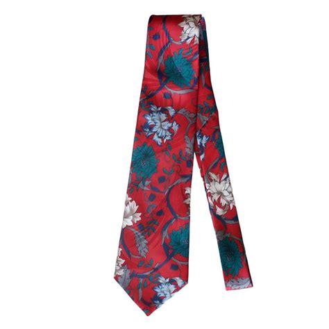 vintage pattern ties vintage halston red floral pattern tie for sale at 1stdibs