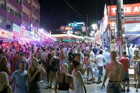 Magaluf A Year After One Irish Teen Performed A Public