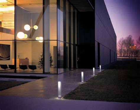 Outdoor Building Lights Contemporary Outdoor Lighting By Delta Light Motiq Home Decorating Ideas