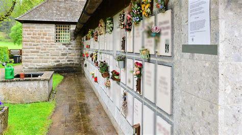 Kerzenhalter Urnenwand by Friedhofsverwaltung Garmisch Partenkirchen Untersagt