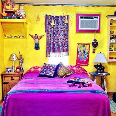 mexican bedroom decorating ideas 25 best ideas about mexican style bedrooms on pinterest