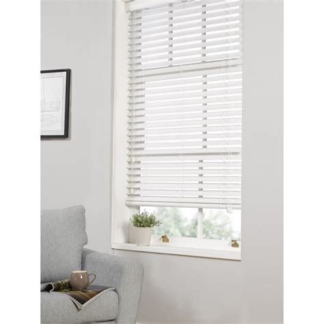 3 reasons to get white wooden venetian blinds blogbeen