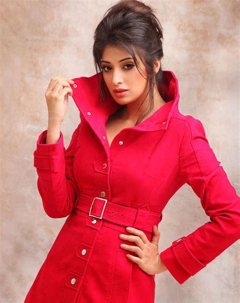 wallpapers cute lakshmi rai all wallpapers free download lakshmi rai s hot photoshoot