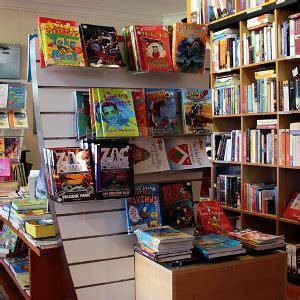 lavorare in libreria feltrinelli lavorare in libreria consigli requisiti ed opportunit 224