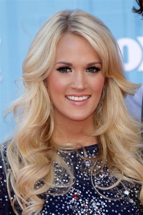 carrie underwood new hair color carrie underwood hair color carrie underwood wavy ash