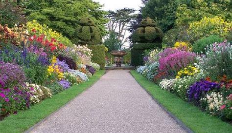 imagenes de como hacer jardines descubre como decorar jardines con caminos y senderos