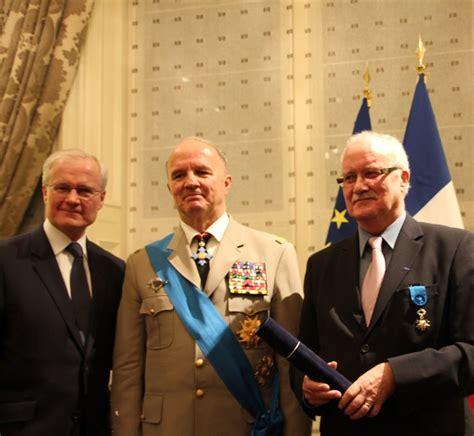 Lettre De Recommandation Ordre National Du Mérite Lettre De Recommandation Ordre National Du Merite Document