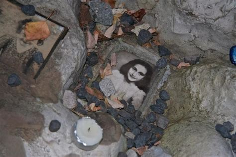 report questions  anne frank raid  coincidence
