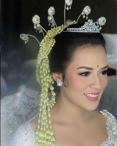 video tutorial make up pengantin sunda gaun pengantin raisa tanpa siger disorot ini