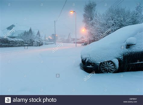 snow in south heavy snow in south wales stock photo royalty free image