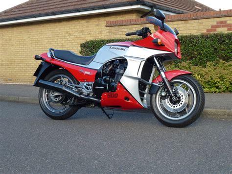 Kawasaki Gpz 900r restored kawasaki gpz900r 1986 photographs at classic bikes restored bikes restored