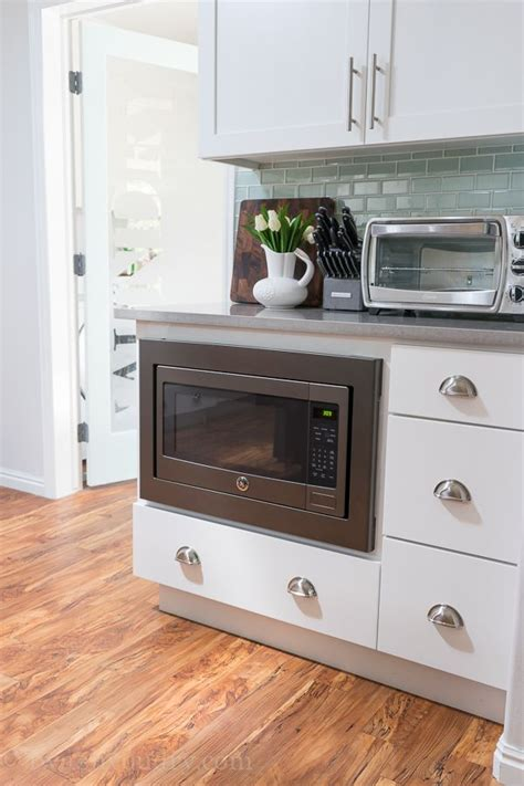 kitchen microwave ideas 25 best ideas about counter microwave on