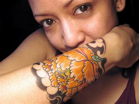 girl arm tattoos designs pretty arm tattoos for designs piercing