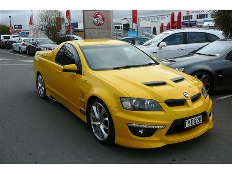 holden hsv ute maloo yellow car photography