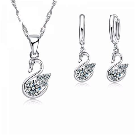 Sterling Silver Swan Earring buy lovely 925 sterling silver swan design pendant