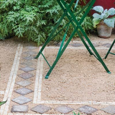 Gravel Patio Edging by 1000 Ideas About Pea Gravel Patio On Gravel